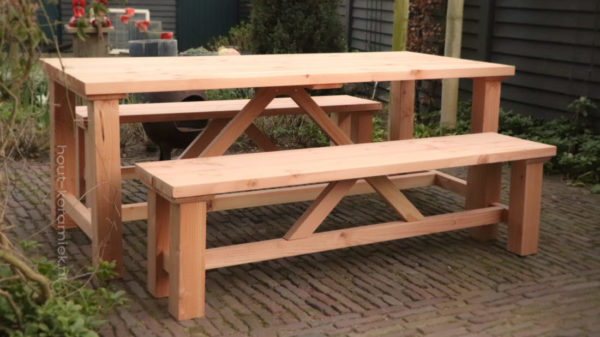 tafel en bankjes model Steef