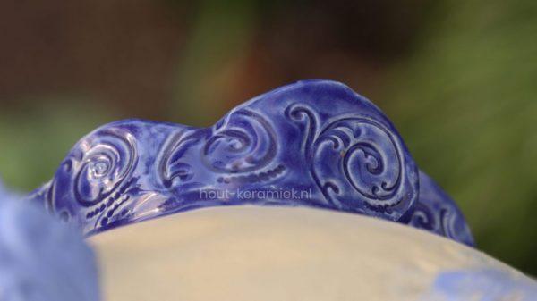 blue chicken close veren 1 scaled e1595786753701